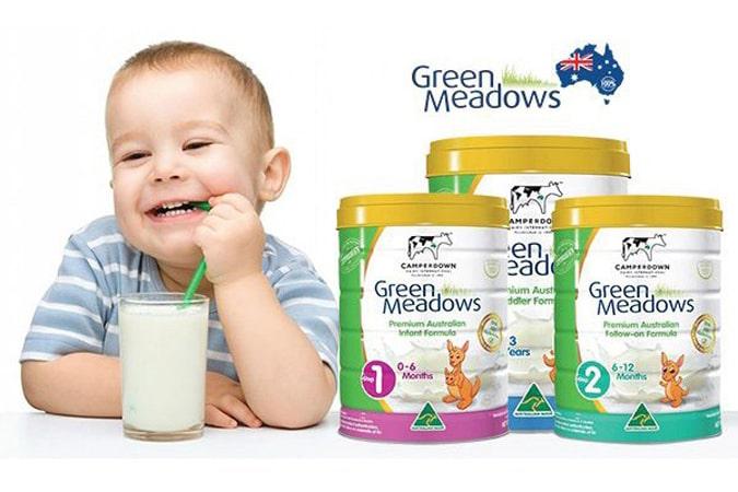 Cách chọn sữa tăng cân cho bé